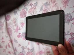 Vendo tablet p retirada de peças ou concerto tela ta em perfeito estado !!