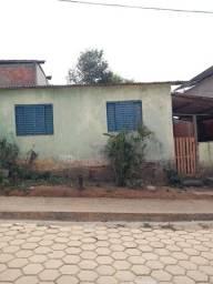 Título do anúncio: Casa com bom terreno