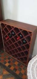 Adega de madeira para vinhos