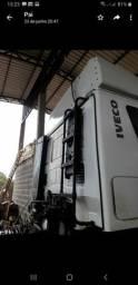 Caminhão Iveco Stralis 6x4