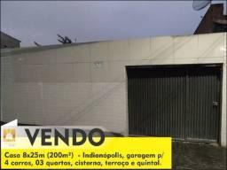 Vendo casa Indianópolis - 3 quartos e garagem p/ 4 carros