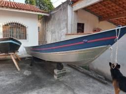barco em aluminio 6 mts pouco uso com motor