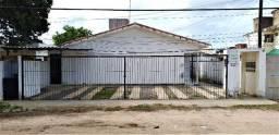 Título do anúncio: Casa Privê em Pau Amarelo com 3 Quartos - Próximo a Av. Estados Unidos - R$ 550
