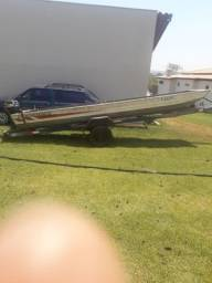 Canoa carretinha e motor