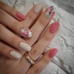 Manicure e pedicure manaira