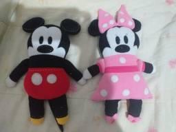 Mini travesseiros minnie e mickey