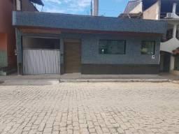 Aluga-se Apartamento / Ponto Comercial no Centro de Alegre/ES
