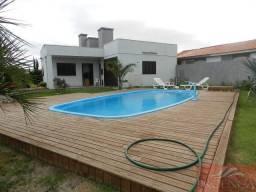 Aluguel Temporada!!! Disponível todas as datas, casa com piscina.