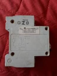Disjuntor STECK 16A 1P