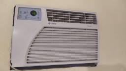 Vendo ar condicionado Gree 7.000 btus usado