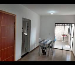 COD91- Linda casa em Itapuã