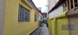 Casa com 3 dormitórios para alugar, 85 m² por R$ 1.000,00/mês - Setor Central - Goiânia/GO