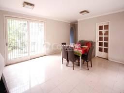Casa à venda com 3 dormitórios em Jardim botânico, Porto alegre cod:CO7331