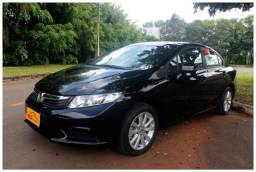 Honda Civic LXS 4P - 2014