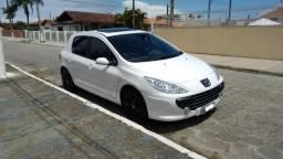 Peugeot 307 Presence Pack. 1.6, 16v, câmbio manual, teto solar, bancos de couro