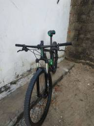 Bicicleta aro 29 High one