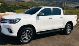 Toyota Hilux 2.8 Tdi Srx Entr+Parc