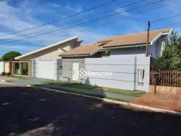 Casa com 3 dormitórios à venda, 130 m² por R$ 600.000 - Centro - Santa Tereza do Oeste/PR