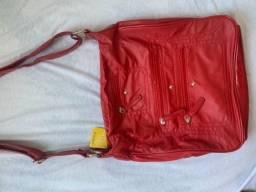 Bolsa de lado vermelha marca Segue