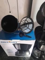 Título do anúncio: Cafeteira elétrica Britânia NOVO