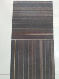 Carpete em placas usados em otimo estado valor 70,00
