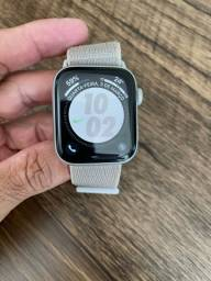 Apple Watch 4 Nike+ 44mm