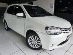Toyota Etios HB 1.5 XLS 2016 Branco
