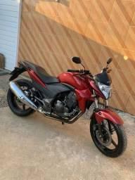 Moto CB 300 2013