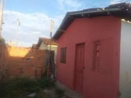 Vende-se Está Casa em Irará-Bahia! (Centro)