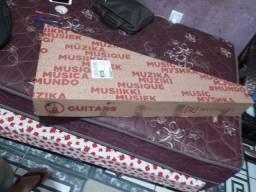 Vendo violão da michael