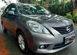 Nissan Versa SL 2014 Impecável
