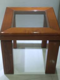 Título do anúncio: Vendo mesa de canto, usada, em mogno alto brilho.