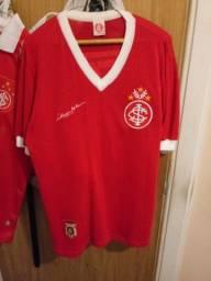 2 camisetas do Internacional Inter Mundial e jogador Valdomiro