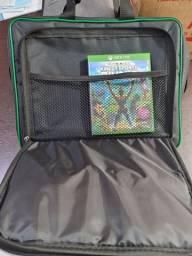 Título do anúncio: VENDO Bolsa para Xbox One X!