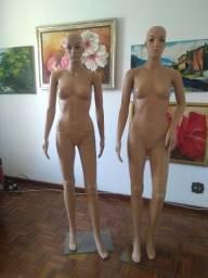 Manequins femininos semi novos