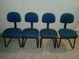 Título do anúncio: Cadeira de escritório azul roial R$ 150.00 cada