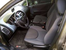 Honda Fit 1.4 LX 8v - Manual - Gasolina