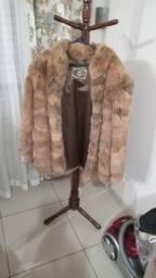 Título do anúncio: Casaco de Pele de Coelho Legitima da marca Criex / Casaco de pelos
