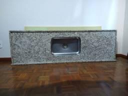 Pia de Granito 180cm x 55cm