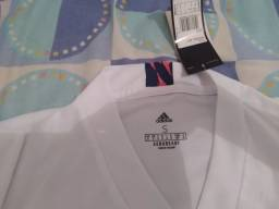 Título do anúncio: Camisa feminina do Real Madrid 20/21