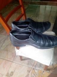 Título do anúncio: Sapato social N43 MR CAT original