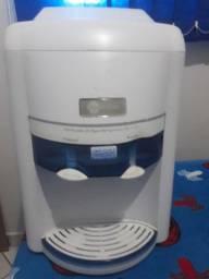 Purificador de água refrigerado .