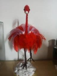 boneco de flamingo