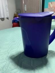 Vendo jarra tupperware 3,700 litros