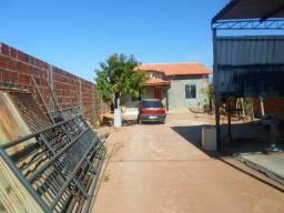 Vendo casa em Guanambi-Ba, área construída 64 metros quadrados