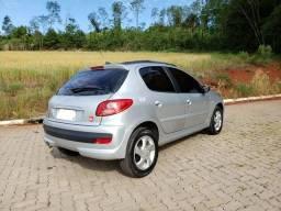 Peugeot 207 Quiksilver 1.4 - 2010