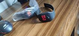 Relógio Digital Da Nike A Prova D'agua Com Pulseira regulável.