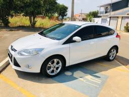 Focus hatch oportunidade