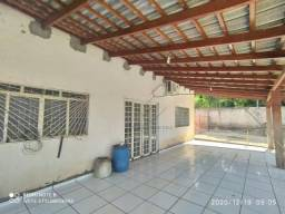 Casa com terreno de mais de 2000 m² por R$ 890.000 - Várzea Grande/MT