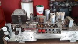 Amplificador valvulado alemão Telefunken